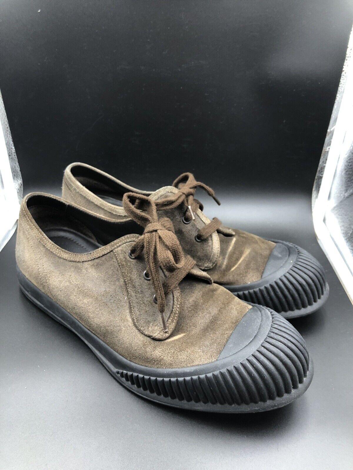 Prada Marrón Gamuza Zapatillas punta de goma EE. UU. hecho en Italia