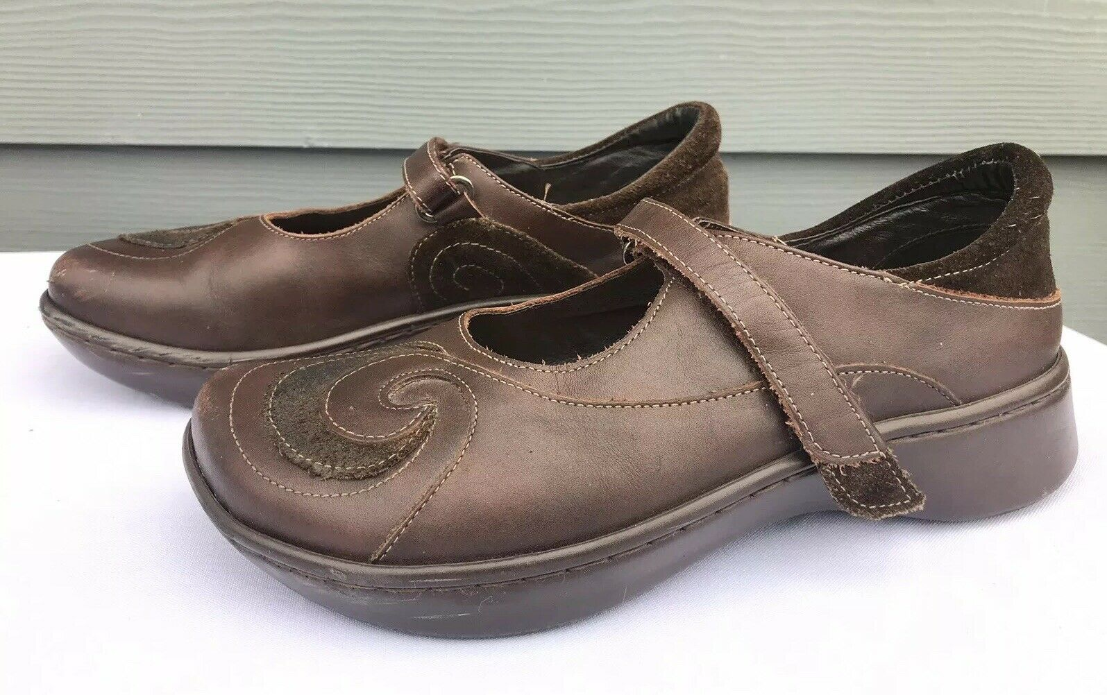 NAOT Women's Brown Comfortable Footbed Mary Jane Sandals Size US 6