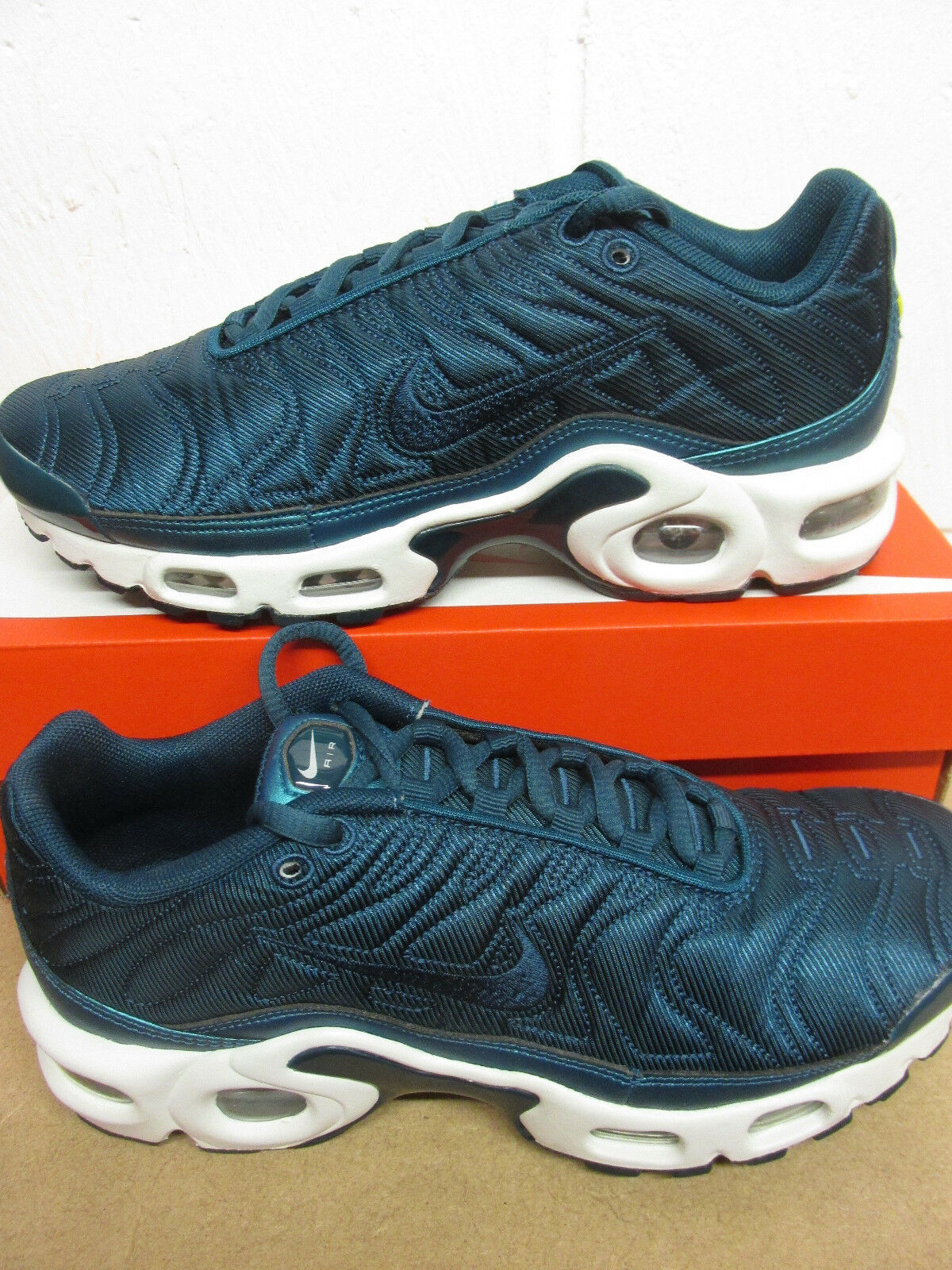 Nike Womens Air Max Plus SE womens Running Trainers 862201 901 Sneakers Shoes Seasonal clearance sale