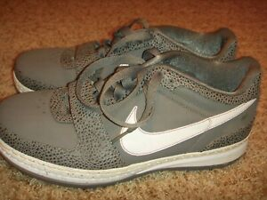 d6968166bed NIKE ZOOM LEBRON VI 6 LOW COOL GREY WHITE GOLD LAKERS 354696-011 ...