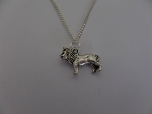 "LION CHARM NECKLACE 18/"" SILVER CHAIN IN GIFT BAG"