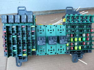 image is loading volvo-vnl-fuse-block-box-panel-relay-assembly