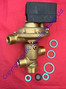 Wickes 2000 & Combi 30/90 Boiler Diverter Valve With Microswitch Kit 500567
