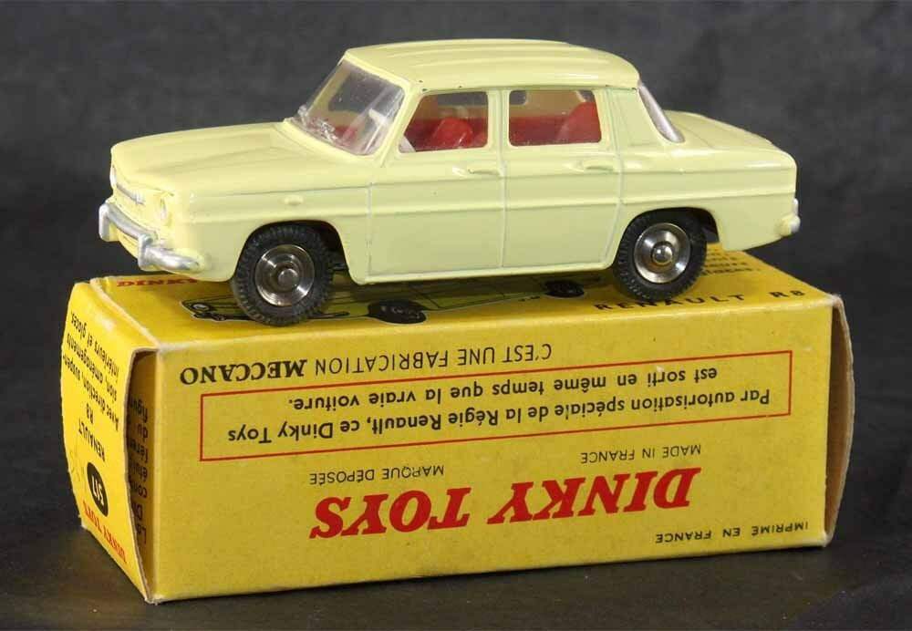 DINKY TOYS 1   43 ° RENAULT 8   giocattolo antico