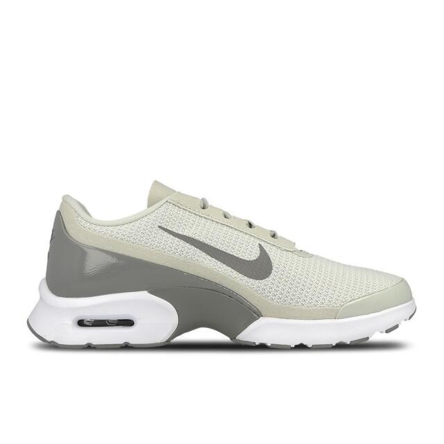 9b463476f1 WMS Nike Air Max Jewell Womens Trainers Light Bone UK 6 EU 40 Shoes ...
