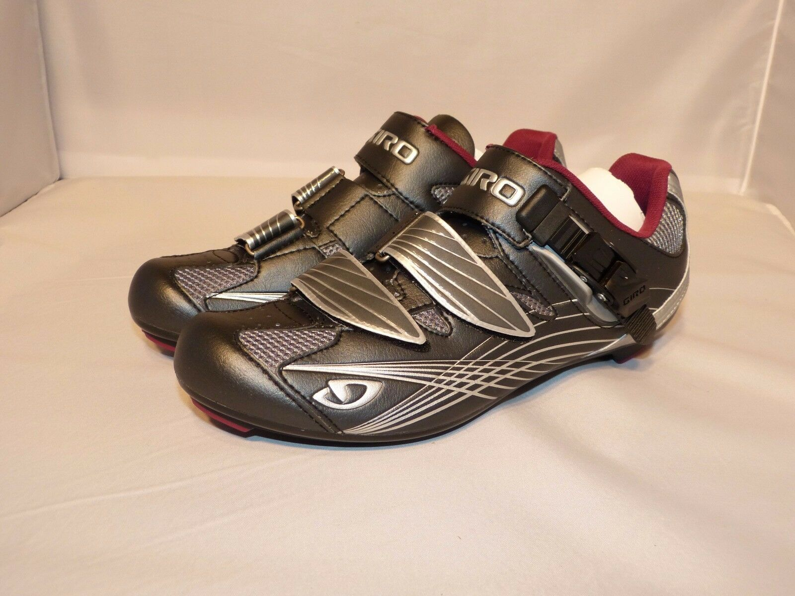Giro Solara Women's Road Cycling shoes Gunmetal Berry 3 bolt cleats NEW