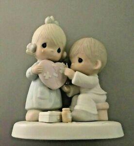Precious-Moments-034-He-039-s-The-Healer-of-Broken-Hearts-034-Figurine