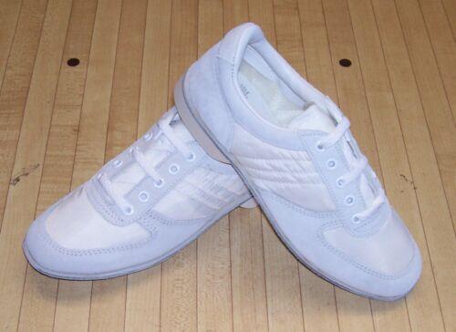 FREE SHIPPING Size 9.5 Women/'s High Skore White Bowling Shoes RH//LH