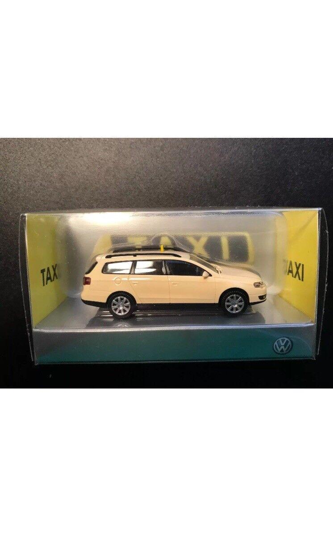 VW Passat B6 3 C TDI sel  Gerhomme Taxi Estate variante 1 87 Wiking (concessionnaire modèle)  pas cher en ligne