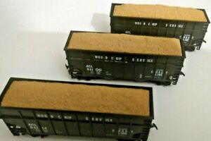 HO-scale-3-car-set-Atlantic-Coast-Line-ACL-Wood-chip-hoppers-3-different-numbers