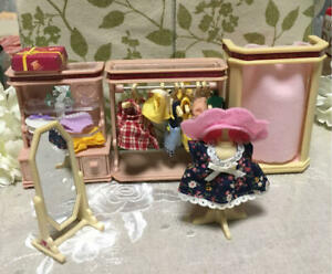 Sylvanian-Families-COUNTRY-BOUTIQUE-MI-06-Vintage-Rare-Calico-Critters-Epoch