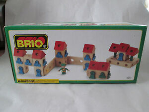 1996 Brio Wooden Railway System BUILDING KIT House Apartment Condo Set #33711