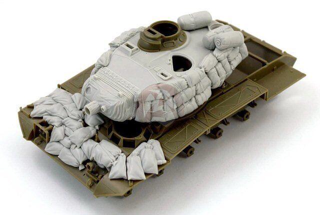 Panzer Art 1 35 M41 Walker Bulldog Tank Turret w Sandbag Armor Vietnam RE35-480