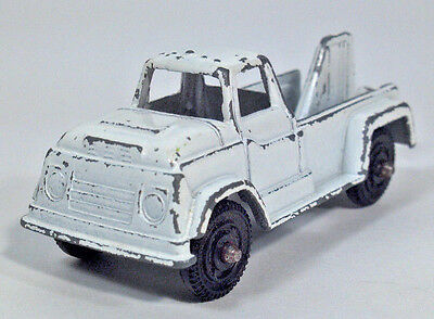 Tootsietoy 1960's GMC Wrecker Pickup Truck Tow Scale Die Cast Model White