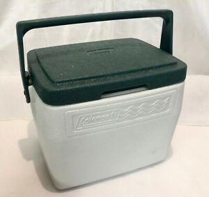 Coleman-Cooler-5272-WHITE-WITH-GREEN-LID-Vintage-personal-lunchbox-8qt