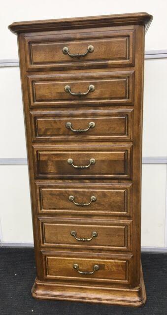 drawer Lingerie dresser