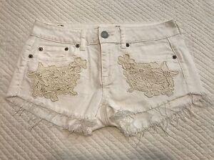 cute white jean shorts