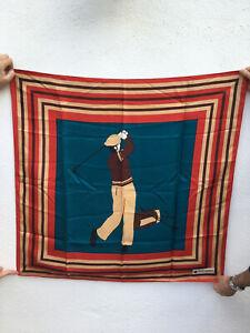 Grand foulard en soie Daniel Hechter : le golfeur ou golf