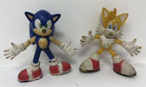 Lot-Of-2-3-034-Sonic-the-Hedgehog-Figure-Toy-2000-SEGA-Knuckles-Tails