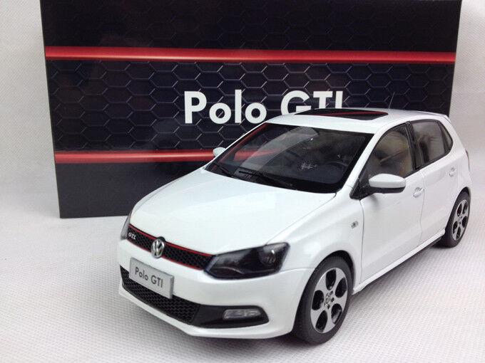 1 18 Shanghai Volkswagen Polo GTI 2013 blancoo Modelo de Metal Fundido a Troquel