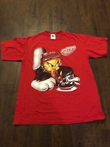 Detroit-Red-Wings-Vintage-90-s-Tweety-Bird-Shirt-EUC-Stanley-Cup-NHL-Rare
