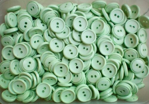 J23 16mm 26L Pale Light Green 2 Hole Craft Sewing Scrap Booking Button Buttons
