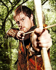 Armstrong-Jonas-Robin-Hood-43790-8x10-Photo