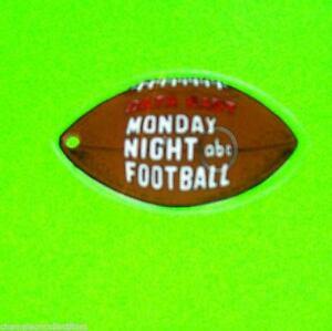 Data-East-MONDAY-NIGHT-FOOTBALL-Original-NOS-Football-Shaped-Promo-Key-Chain