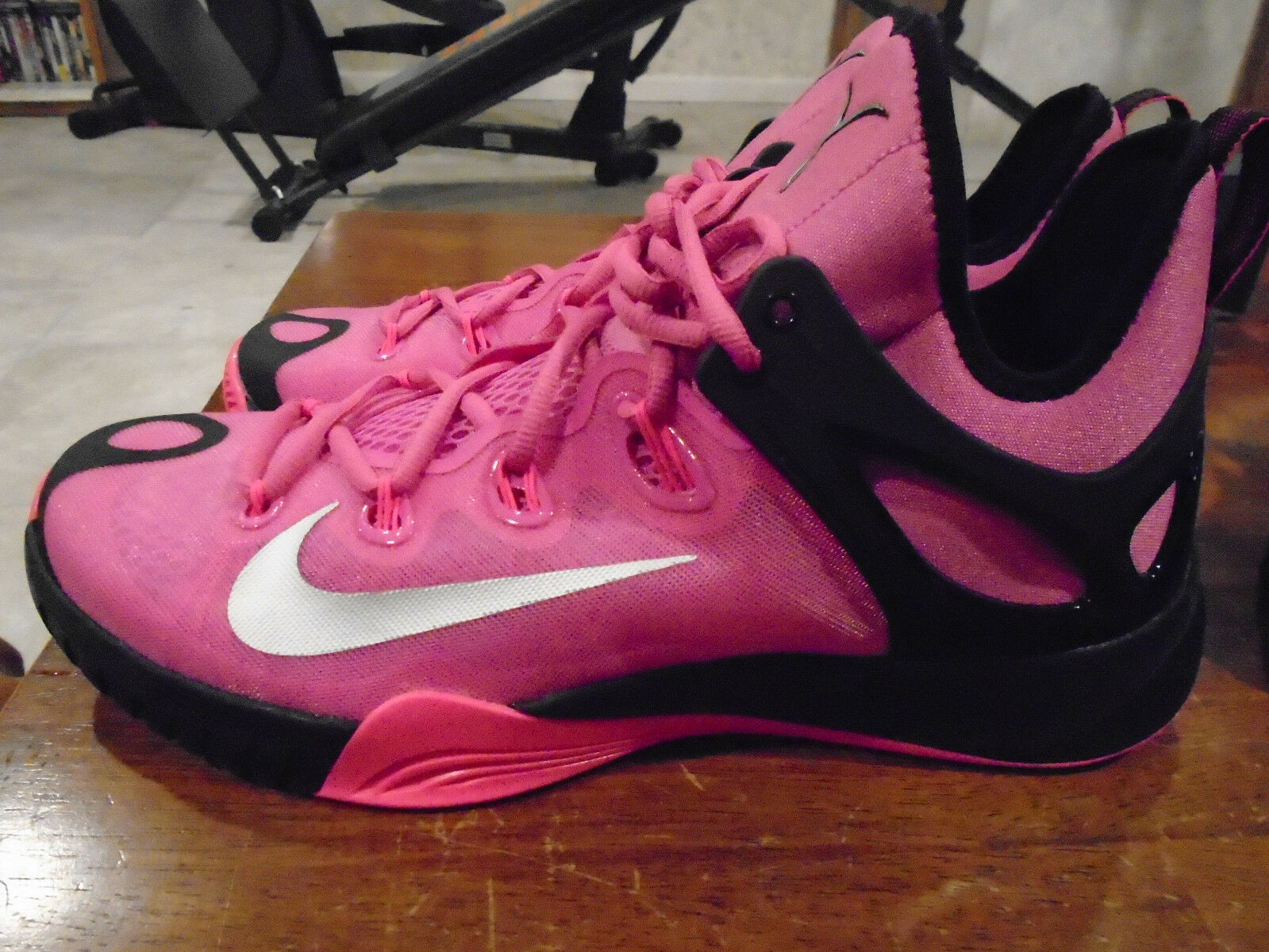 10d02c106ed961 Nike Zoom Hyperrev Breast Cancer Awearness 705370-606 705370-606 705370-606  Size