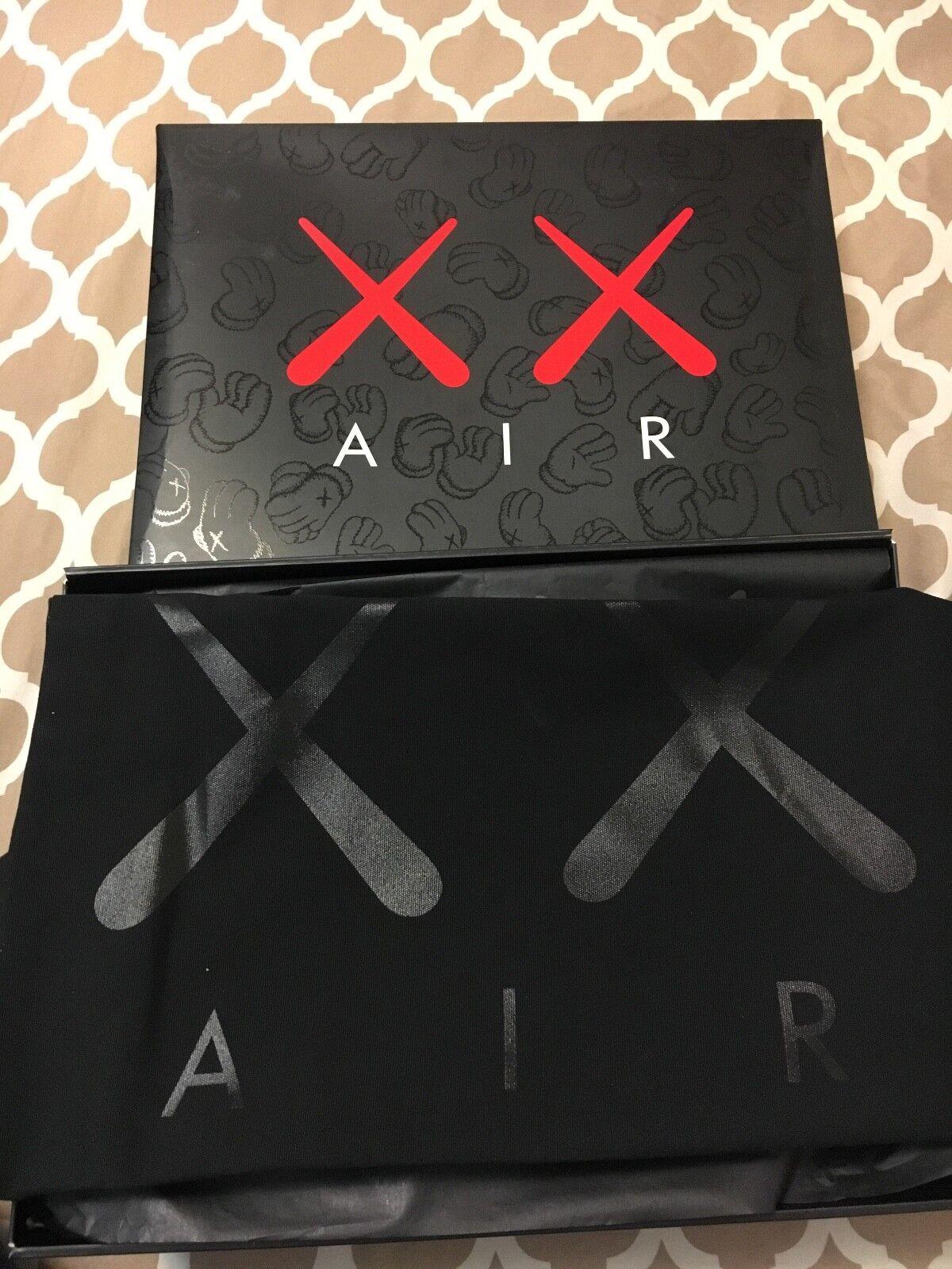 Air Jordan 4 Kaws Black Black Size 10.5