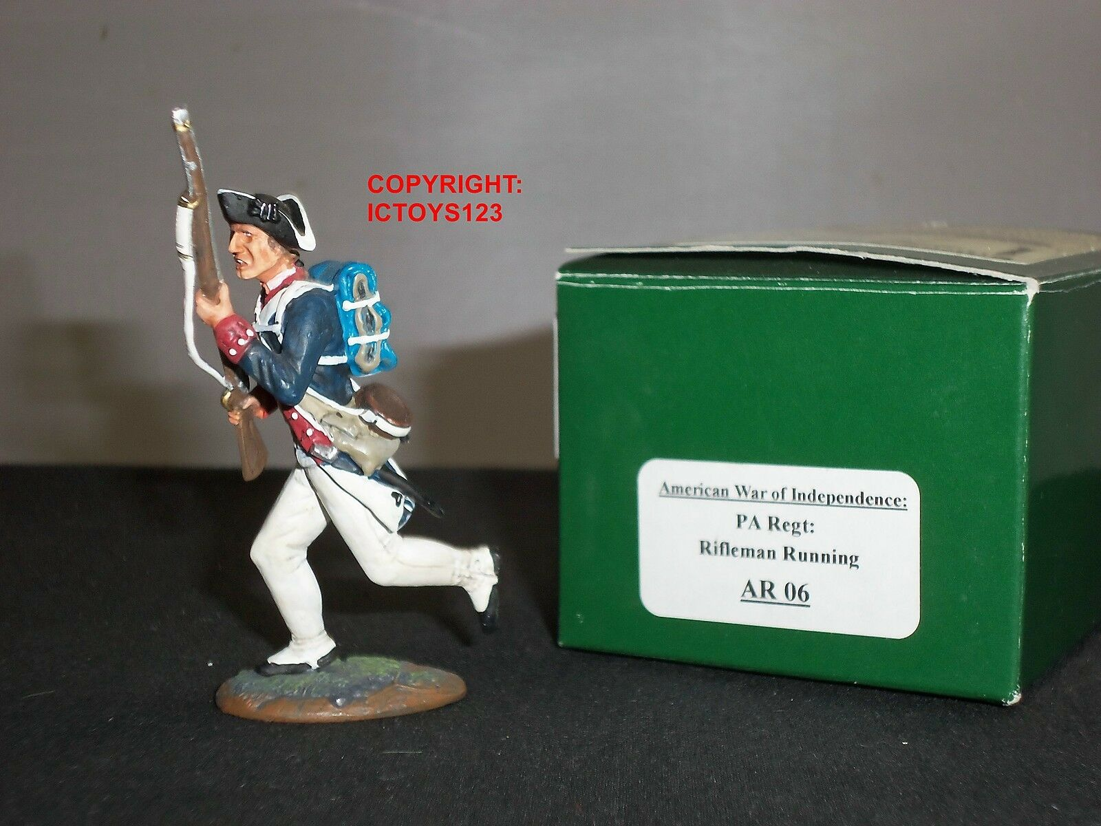 KING AND COUNTRY AR06 AMERICAN REVOLUTION PA REGIMENT RIFLEMAN RUNNING FIGURE