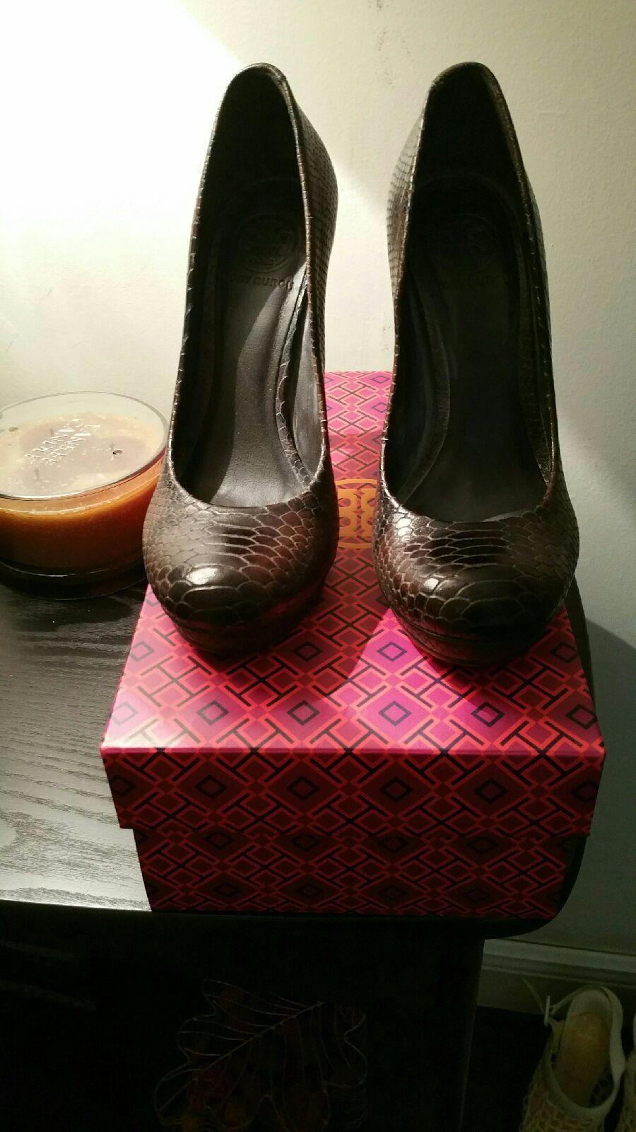 Tory Burch Zapatos De De De Tacón Mujer Zapatos Bombas de piel de serpiente  compras online de deportes