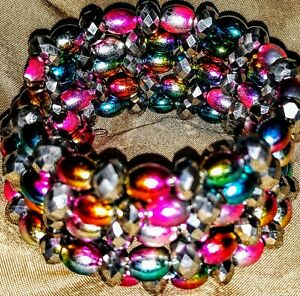Memory-Wire-Wrap-Bracelet-With-Multi-amp-Silve-Color-Toned-Glass-Beads-Handmade