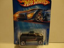 2005 Hot Wheels #168 Black Hummer H3T Pickup w/U5 Wheels