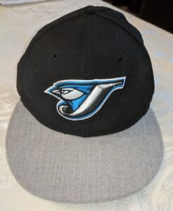 bd25f9efae5 TORONTO BLUE JAYS NEW ERA FITTED HAT 59FIFTY MLB SIZE 7 1 4 BASEBALL ...