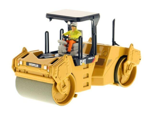 Norscot Caterpillar Cat CB-534D XW Vibratory Asphalt Compactor 1:50 scale 55164