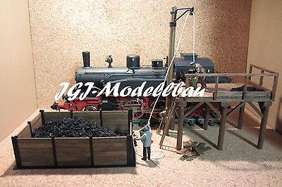 Kleinbekohlung Handarbeitsmodell aus Messing und Holz