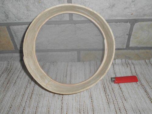 altes Mehlsieb Trockensieb mit Holzrahmen  D= 220 mm.