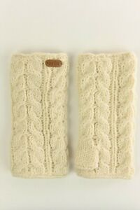 Erin Knitwear White Cable Handwarmers