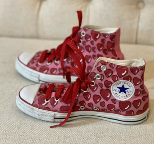 Converse All-Star, Very Rare Pink with Red Hearts