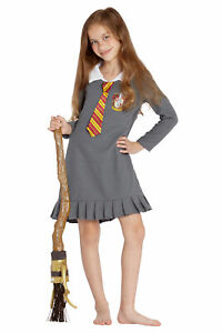 INTIMO Harry Potter Hermione Varsity Gryffindor Quidditch Fantastic Pajama Holiday Nightgown