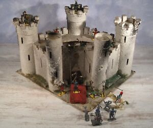 ancien jouet ch teau fort m di val peg chevaliers moyen age fortified castle ebay. Black Bedroom Furniture Sets. Home Design Ideas