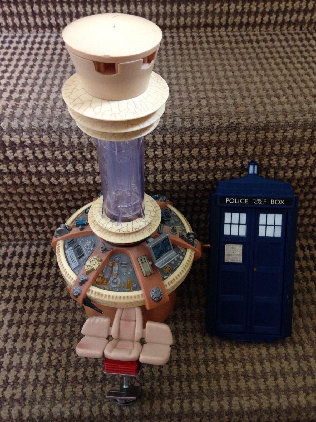 Dr Who 9th 10th Tardis Playset