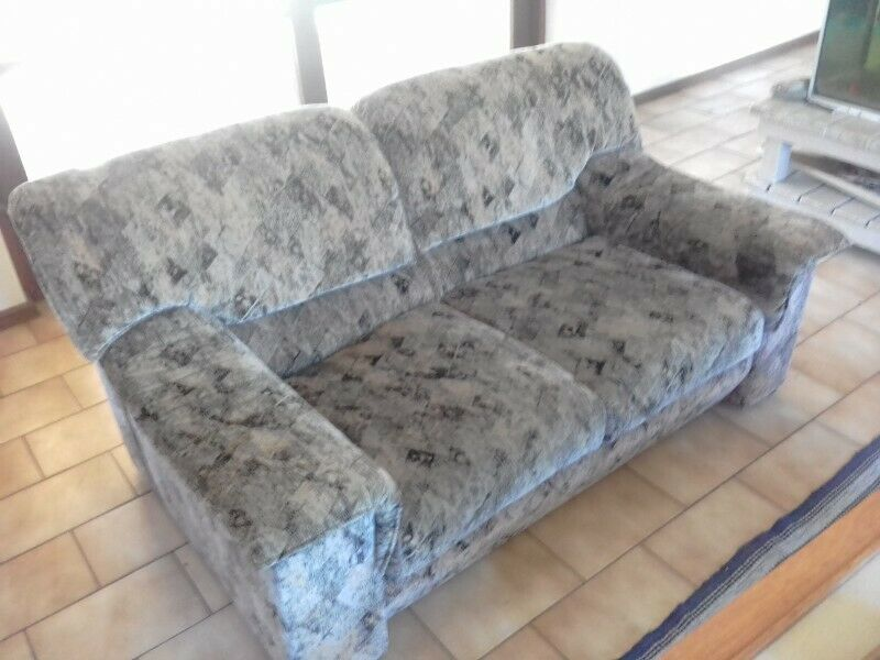 Groovy Couches For Sale Port Elizabeth Gumtree Classifieds South Africa 639100192 Creativecarmelina Interior Chair Design Creativecarmelinacom
