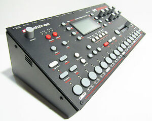 Elektron Support Bureau-octatrack-analogique Rtym-analogique Quatre-machinedrum-afficher Le Titre D'origine Vilsbeho-07163118-533179496