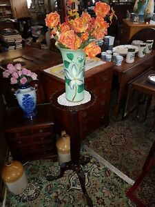 Antique-Victorian-Mahogany-Torchere-Jardinere-Plant-Stand