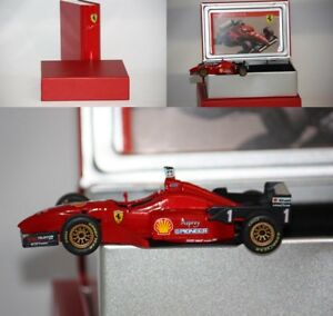 Hotwheels-La-Storia-F1-Ferrari-F310-M-Schumacher-1996-1-43-SF15-96