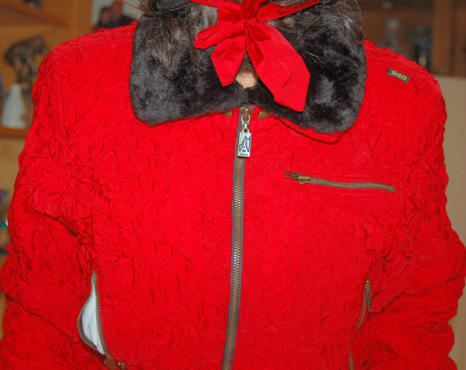 Vintage one SKEA  Womans snowboad ski suit one Vintage piece Größe 6 SNOW  fur detach collar b146a5