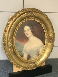 Antique-Victorian-Gold-Oval-Picture-Frame-Lithograph-Print-of-Beautiful-Woman