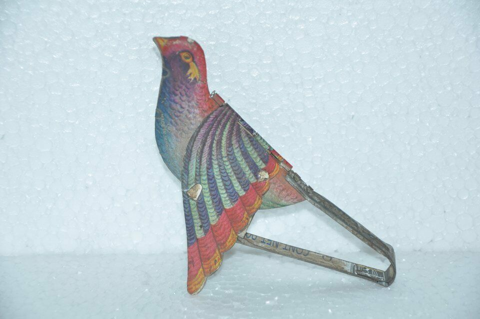 Vintage Fine colorful Mt Mark Mechanical Flying Bird Tin Toy,Japan